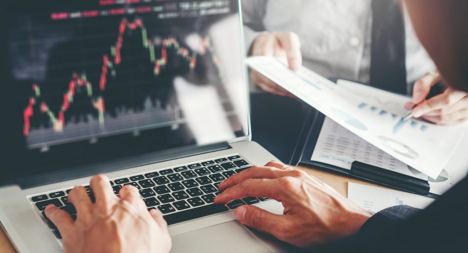 The Risks and Rewards of Trading the Forex Market